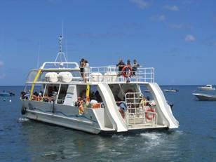 Navires passagers vision sous marine monocoques mer et design architect - Architecture sous marine ...